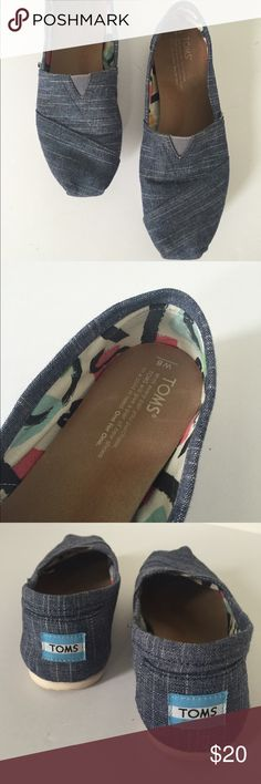 TOMS Indigo slubbed linen. Women's Sz 8 Nice pair of Toms in gently worn condition on bottom and sides only. Inside fabric is a graphic and cute. I will take more pics if necessary! TOMS Shoes Flats & Loafers