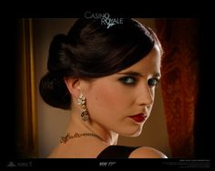 Watch Streaming HD Casino Royale, starring Daniel Craig, Eva Green, Judi Dench, Jeffrey Wright. Armed with a license to kill, Secret Agent James Bond sets out on his first mission as 007 and must defeat a weapons dealer in a high stakes game of poker at Casino Royale, but things are not what they seem. #Action #Crime #Thriller http://play.theatrr.com/play.php?movie=0381061