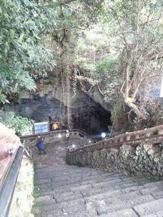 Man Jang Gul Cave