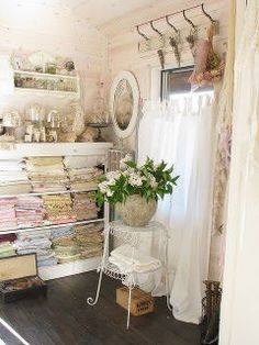 The Shabby Textile Corner!  Shab | The Best Things In Life Aren't Things  www.shab.it
