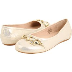 not normally a Juicy fan, but these are cute girls shoes : )