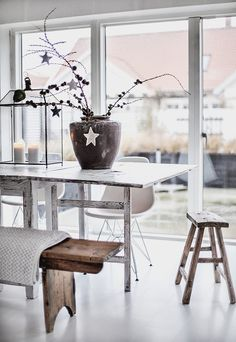 Via An Urban Village: A BEAUTIFUL SCANDINAVIAN HOME