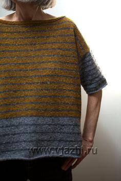 Простой и модный полосатый джемпер спицами из твида трех цветов с описанием. Примечание к вязанию спицами полосатого джемпера. Этот полосатый джемпер вяжется достаточно просто и быстро, играйте с цветом, спицами и пряжей.