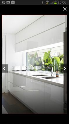 A window splash back is must have item for the kitchen