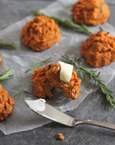 These paleo sweet potato bacon biscuits are filled with aromatic rosemary. They're the perfection addition to breakfast or served as a side with dinner.