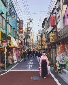 Saturday afternoon in Shimokitazawa Tokyo. #geriandsimonjapan2016 #tokyo by colly
