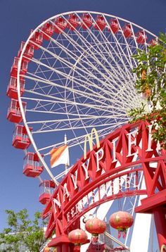 Downtown Chicago Attractions | ... Pier Chicago Guide-Navy Pier Info-Things to do at Navy Pier Chicago