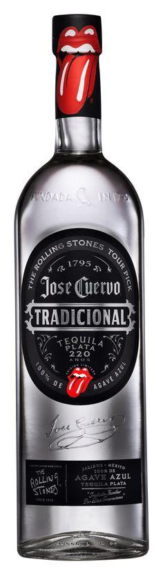 Cuervo Tradicional y Rolling Stones, juntos en un tequila Rum Bottle, Tequila Bottles, Alcohol Bottles, Liquor Bottles, Drink Bottles, Tequila Jose Cuervo, Sauza Tequila, Vodka, Fun Drinks