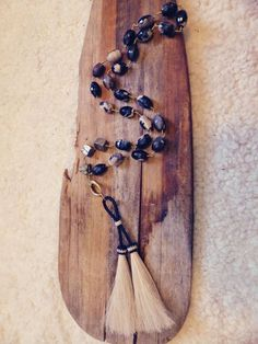 Agate and horsehair wire wrapped rustic tassel designed by FeatherandStone1  #horsehair tassel from Knot-a-Tail.com  http://knot-a-tail.com/node/134