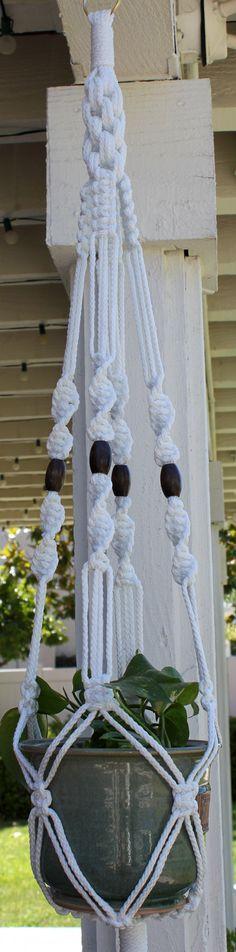 CROWNE ROYALE Macramé planta suspensión titular    6mm trenzado de cuerda de fibra de poliéster - blanco  4 - oval, granos de madera de 1,25