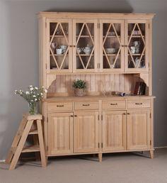 Täyspuinen puffettikaappi on tervaleppää. Decor, Furniture, Cabinet, Home Decor, China Cabinet, Storage