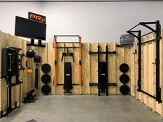x space with 3 squat racks, 2 benches, a Reverse Hyper/GHD combo, and all the accessories. Space-saving for the win! Home Gym Basement, Home Gym Garage, Gym Room At Home, Home Made Gym, Diy Home Gym, Home Gym Decor, Gym Shed, Backyard Gym, Small Home Gyms