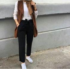 black dressy pants with hijab – Just Trendy Girls Hijab Casual, Hijab Style, Hijab Outfit, Ootd Hijab, Hijab Chic, Muslim Fashion, Modest Fashion, Hijab Fashion, Fashion Outfits