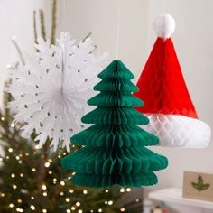 Are you interested in our christmas paper decorations? With our christmas paper decorations you need look no further. Christmas On A Budget, Green Christmas, Retro Christmas, All Things Christmas, Christmas Time, Honeycomb Decorations, Snowflake Decorations, Festival Decorations, Paper Christmas Decorations