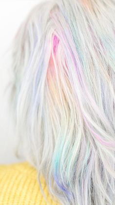 pastel hair As though colorful beams of light were caressing your hair, this pastel rainbow trend will add plenty of glam to your summer look. Pastel Rainbow Hair, Pastel Purple Hair, Dyed Hair Pastel, Lilac Hair, Blue Hair, Colorful Hair, Ciel Pastel, Pelo Multicolor, Dyed Hair