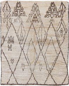 Moroccan Rugs: Moroccan Rug for vintage living room, bohemian interior decor, boho interior, bohemian living room African Rugs, Indian Rugs, Morrocan Rug, Moroccan Decor, Best Home Interior Design, Modern Moroccan, Bohemian Interior, Textiles, Berber Carpet