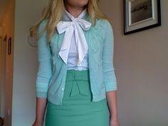 emma pillsbury > more bows > diy bow scarf > green shades