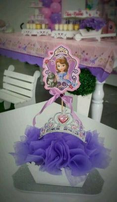 As you can see in the title of our post, this time I want to share the best princess sofia party ideasone of the most popular children's party themes in Sofia Birthday Cake, Princess Sofia Birthday, Sofia The First Birthday Party, Princess Theme, 2nd Birthday Parties, Girl Birthday, Diy Party Decorations, Birthday Decorations, Princesa Sophia
