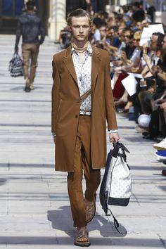 Louis-Vuitton-Menswear-SS17-Paris-5390-1466679066-bigthumb.jpg (800×1200)