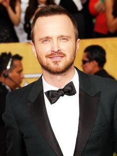 Unique Prom Suits, Formal Suits, Party Suit For Man, White Wedding Suit, Wedding Suits, Breaking Bad Jesse, Most Popular People, Hottest Male Celebrities, Celebs