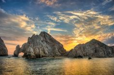 El Arco de Cabo San Lucas or Lands End, Baja California peninsula, Mexico Places To Travel, Places To See, Cabo San Lucas Mexico, Sunset Images, Baja California, Wanderlust Travel, Dream Vacations, Monument Valley, Amazing Places