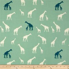 Birch Organic Serengeti Giraffe Family Pool