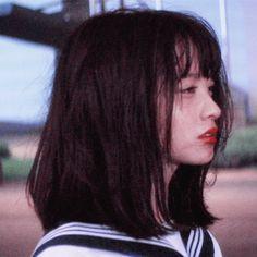 Animated gif about gif in چيڤز by ملاك on We Heart It Aesthetic Japan, Japanese Aesthetic, Film Aesthetic, Aesthetic Girl, Aesthetic People, Selfie Foto, Flipagram Instagram, Estilo Tomboy, Grunge Hair