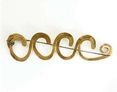 Brooch    Alexander Calder.  Gold and steel wire.  ca 1940.