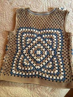 How to Crochet: Textured Wave Stitch Poncho Crochet, Crochet Bolero, Moda Crochet, Bag Crochet, Crochet Shirt, Crochet Granny, Filet Crochet, Crochet Clothes, Crochet Baby