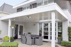Theo Jansen | Houten terrasoverkapping met Lessenaarsdak