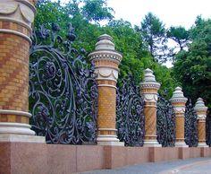 Фото примеры заборов для дачи из металла, камня, бетона, дерева и ...  SamDizajner.ru