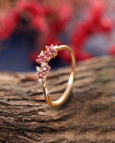 Moissanite Wedding Rings, Gold Diamond Wedding Band, Wedding Rings Rose Gold, Wedding Rings For Women, Rose Gold Engagement Ring, Vintage Engagement Rings, Wedding Gold, Rose Wedding, Diamond Band Rings