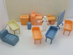 Marx Babyland Nursery furnishings Toy Dollhouse Traditional Child care Baby Nurse day care #minimalscratch #dollhouseminiatures