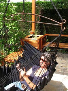 Barre décorative 'Siréna' en fer forgé avec toile 'Marina', convertible pour s'asseoir et s'allonger dans 2,10 mètres de longueur!