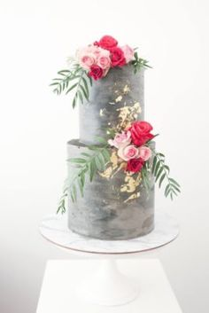 a concrete wedding cake with gold leaf and bold blooms and greenery looks very modern Wedding Cake Designs, Wedding Cupcakes, Wedding Cake Toppers, Beautiful Wedding Cakes, Beautiful Cakes, Concrete Cake, Cactus Cake, Traditional Cakes, Cake Trends