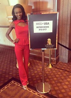 Another trend that is here to stay is pantsuits and Deshauna Barber, our new… Pageant Tips, Beauty Pageant, Pageant Dresses, Interview Clothes, Interview Outfits, Usa 2016, Teen Usa, Miss Usa, Pageants