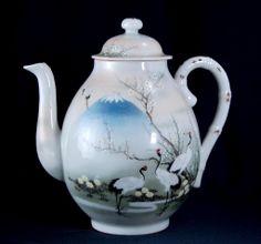 Japanese eggshell porcelain tea pot Demoiselle cranes  Mt. Fugi 1890-1910