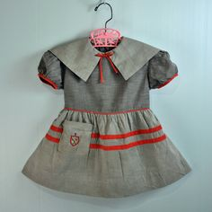 1940s / 40s LITTLE girls BABYDOLL dress - Toddlers full skirt & puff sleeves Pilgrim Collar and Crested Pocket Size 2T - 3T. $29.00, via Etsy.