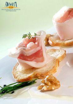 CUCINA! – A world of Italian cuisine » FINGER-FOOD Lardo di Colonnata IGP aromatizzato alle erbe