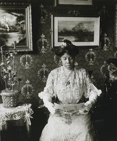 Miss Suzie Porter, Harlem, photo by James Van Der Zee, 1915