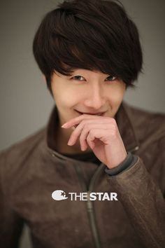 Jung Il Woo   You are welcome, Hope ;)
