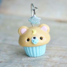 Good night Teddy bear cupcake this is a little experiment I've been working on all morning. I thought it'd be cute to try out a little dangling charm and maybe try this out with other sleepy animals ❤ I'll post a video to better showcase the star #polymerclay #polymerclaycharms #claycharms #clay #charms #jewlery #pendant #food #foodie #cutefood #kawaiifood #handmade #diy #etsy #crafts #cupcake #bear #teddy #bedtime #star #teddybearcupcake #baby #moon #blue #kawaiicharms #kawaii #cute...