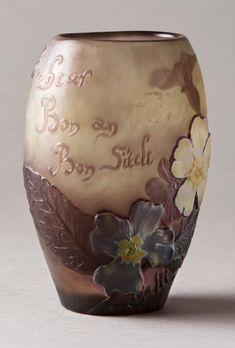 Émile GALLÉ (1846-1904) Vase parlant ovoïde à panse plate à décor de pensé