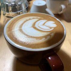 Coffee Latte Art, Coffee Love, Coffee Dessert, Coffee Drinks, Drinking Coffee, Good Morning Coffee, Night Coffee, Coffee Presentation, Coffe Recipes