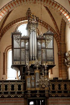 Sorø klosterkirke, Denmark. Unknown organ builder, early 16. century (only the main case). Rebuilt and enlarged 1628 by Joh. Lorenz, who added the rückpositive. Rebuilt 1773. The facade was reconstructed and a completely new organ installed in 1942 by Marcussen & Søn (3 man. & ped. 37 stops). Restored 1972 by Marcussen & Søn.. Sorø, Sjælland, organ, façade