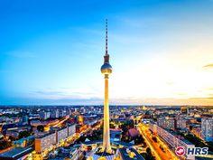 #Berlin Berlin wir fahren nach Berlin  Wer kommt mit? Ihr zahlt für das Doppelzimmer im 3-Sterne #Hotel Kolumbus nur 39€ und könnt von dort aus euer Sightseeing Programm starten. Ein Tipp für Neulinge: Die Hop on Hop off Busse eignen sich für einen Rund um Blick super!