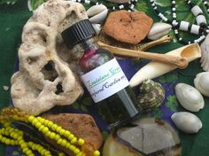 Louisiana Green Oil-High Drawing Power for Luck and Love