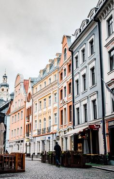 What to do in Riga // Walk Around Old Town // Riga travel tips and Riga Photography for trip planning and inspiration. Riga Picture Ideas, Riga Pictures, Riga Photos, Riga Pics, Latvia, Latvia Bucket List, Riga Ideas, Latvia Tips, Latvia Photography, Riga Latvia,