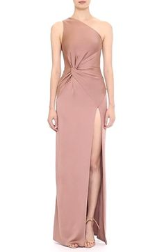 Looking for Cushnie et Ochs One-Shoulder Twist Gown ? Check out our picks for the Cushnie et Ochs One-Shoulder Twist Gown from the popular stores - all in one. Bridesmaid Dresses, Prom Dresses, Formal Dresses, Fall Dresses, Long Dresses, Traje Black Tie, One Shoulder Gown, Gowns Online, Satin Dresses