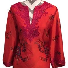 Beautiful Floral Print Blouse Beautiful floral print blouse in vibrant colors.  Purchase before 4:00 pm Central Time for same day shipping. Jones New York Tops Tunics